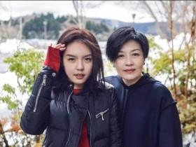 50岁李咏突然离世,结婚照曝光!17个月抗癌,哈文每天只发一个字