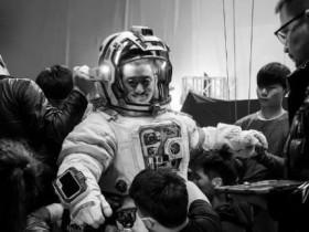 """最好看的科幻电影春节""""黑马""""是它!中国科技电影元年终于要到了"""