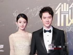 冯绍峰陪妻生子首现身送上伴手礼,口罩遮面难掩喜悦之情