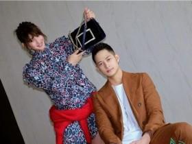 陈燃与Mark Luu甜蜜赴派对,网友小腹隆起好事将近