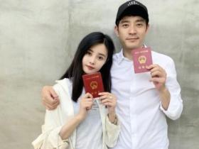 李光洁宣布结婚,他的前妻是邓超前女友,如今各自幸福安好