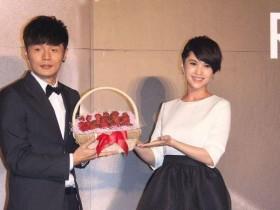 李荣浩34岁生日向杨丞琳求婚成功,昔日拥抱强吻恩爱瞬间甜skr人