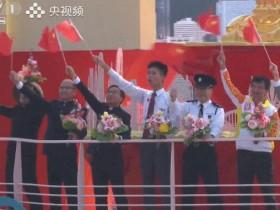 王祖蓝分享参加国庆阅兵心情 激动震撼