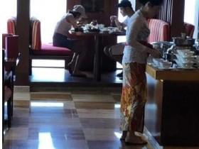 宋祖儿阮经天疑度假 无工作人员陪同一起吃早餐