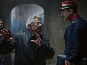 波兰斯基最佳导演 多位女演员离场表示抗议