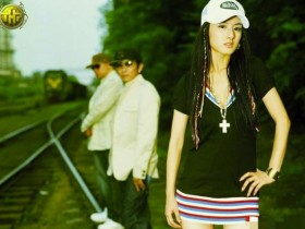 曝薇娅曾为选秀冠军 签约环球音乐