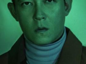 40岁陈冠希素颜登封面 眼神有股锐气和傲气