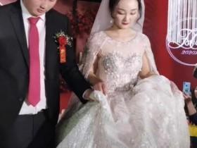 朱之文儿子结婚 大衣哥忙前忙后满脸的笑容