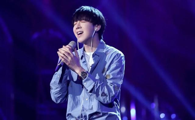 """摩登兄弟刘宇宁踢馆""""歌手""""上热搜,电视综艺正在成为主播下一个""""战场"""""""