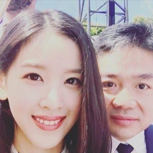刘强东和奶茶妹妹在情人节离婚?律师回应了!