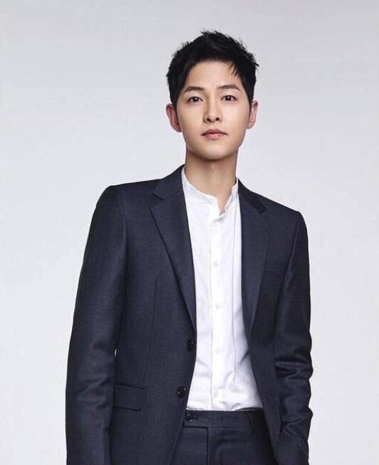 宋仲基签约新公司 参演韩国首部宇宙科幻大片《胜利号》