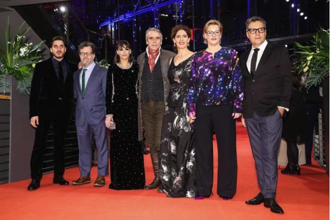 柏林电影节开幕 《一直游到海水变蓝》入围本届电影节特别展映单元
