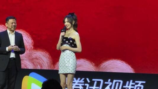 唐嫣生的是女儿 现场为电视剧《燕云台》造势