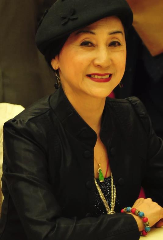 舞蹈家陈爱莲逝世 享年81岁