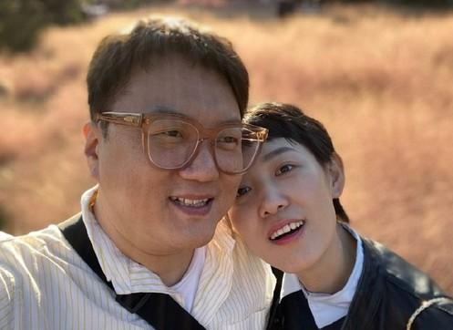拜托了冰箱韩国厨师安贤珉发长文悼念妻子