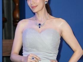 五对带娃结婚还幸福的女星,贾静雯上榜,看有没有你喜欢的明星