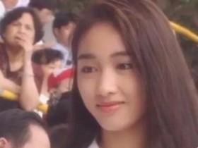 18岁时的黎姿 微笑的她清纯可人