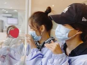 陈乔恩探望安以轩女儿 甚至表示比自己还美